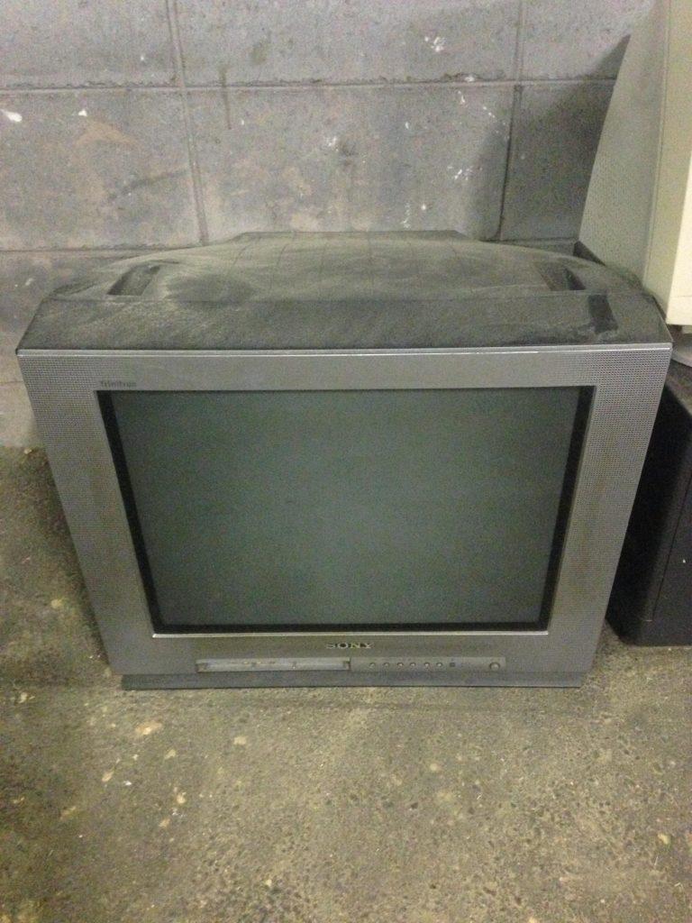 ブラウン管テレビ