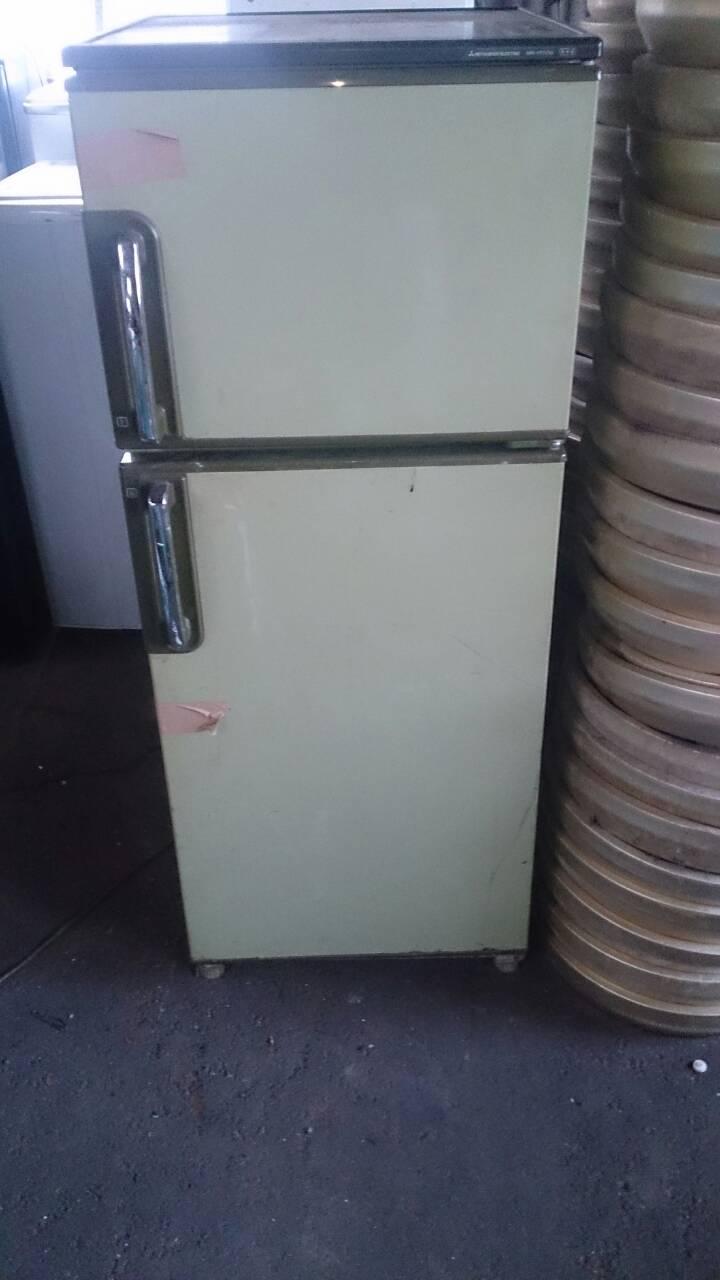 単品回収した旧型冷蔵庫