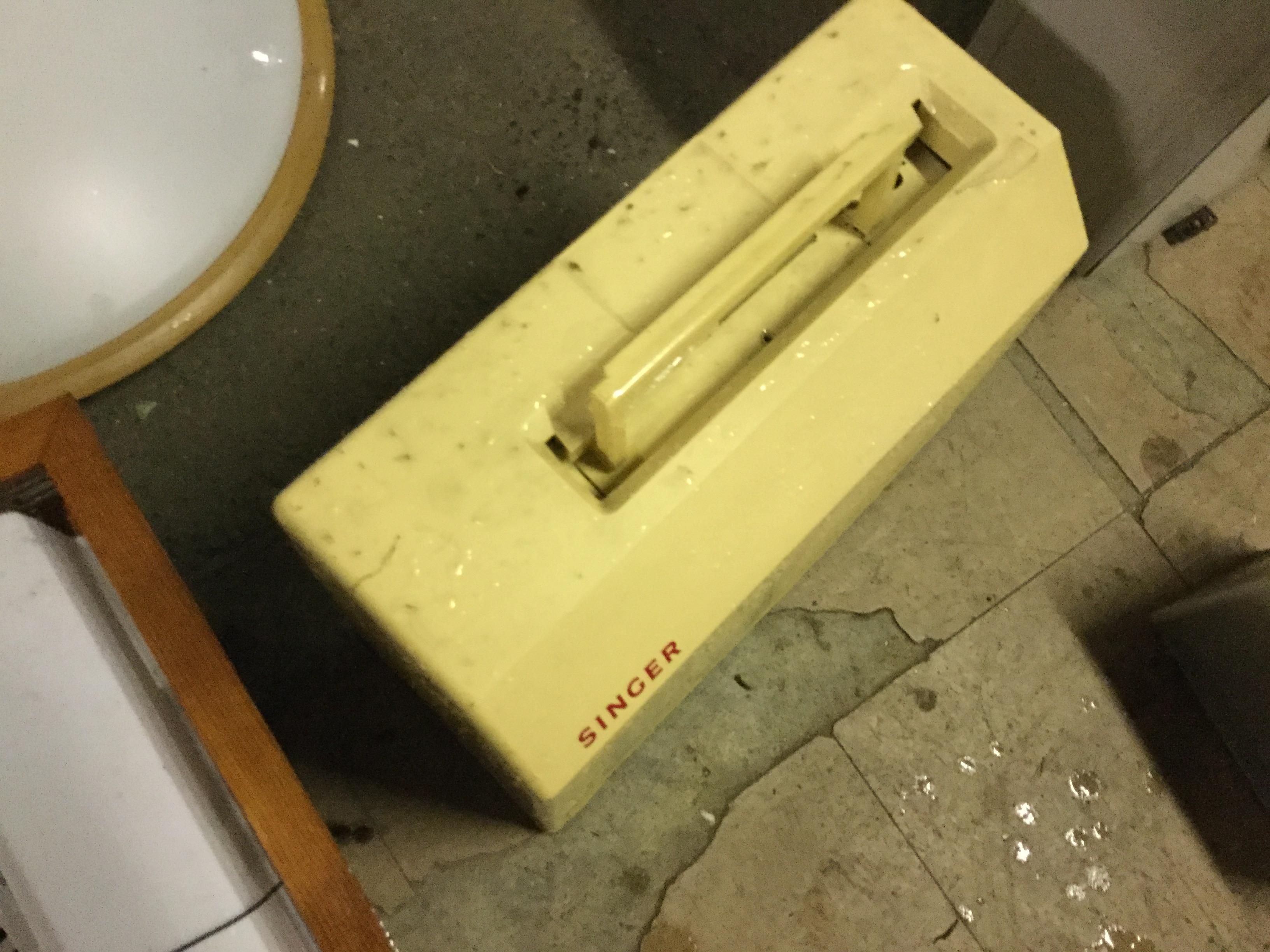 岡山市北区で不用品回収したミシン