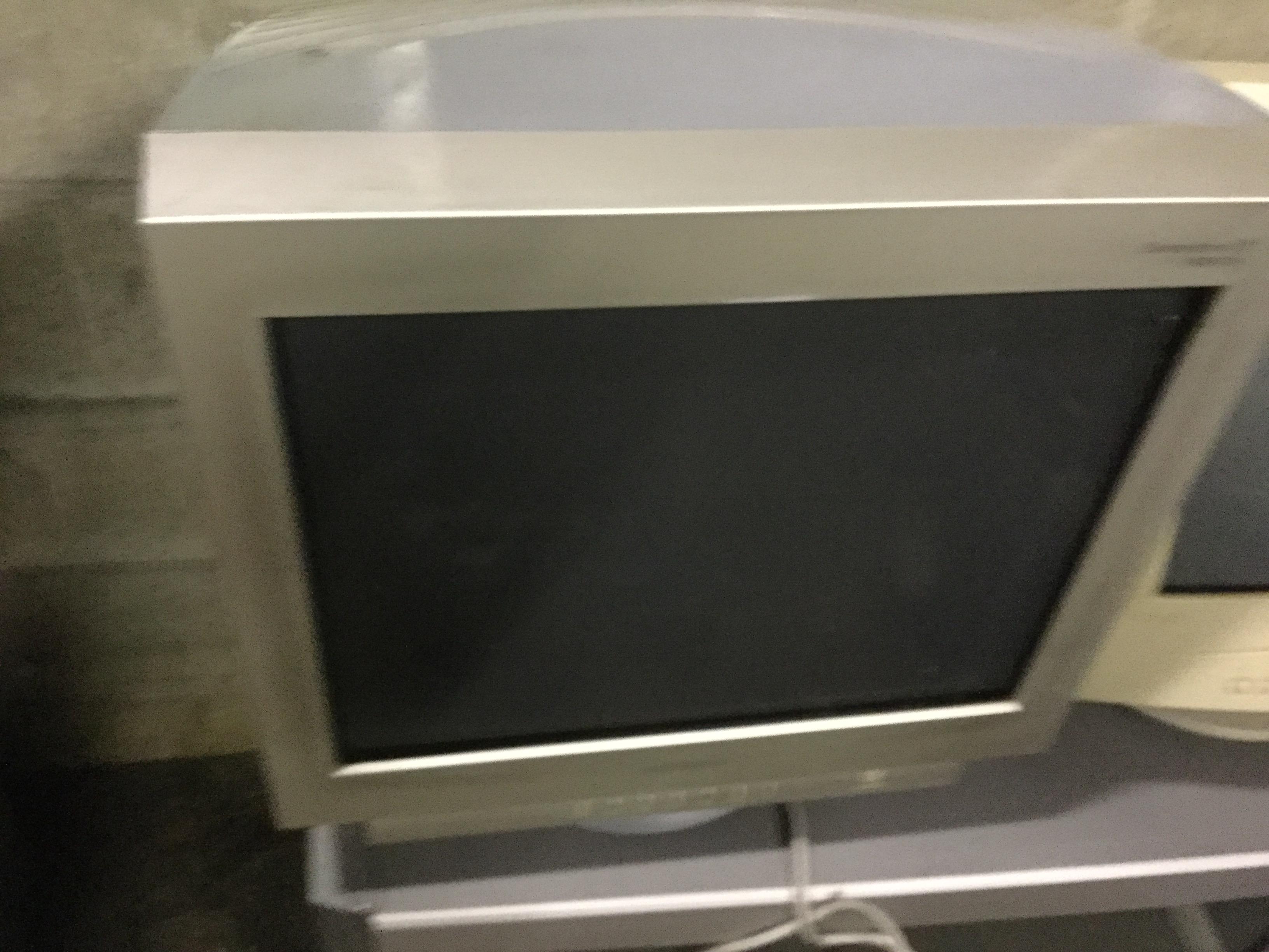 岡山市北区で不用品回収したブラウン管テレビ