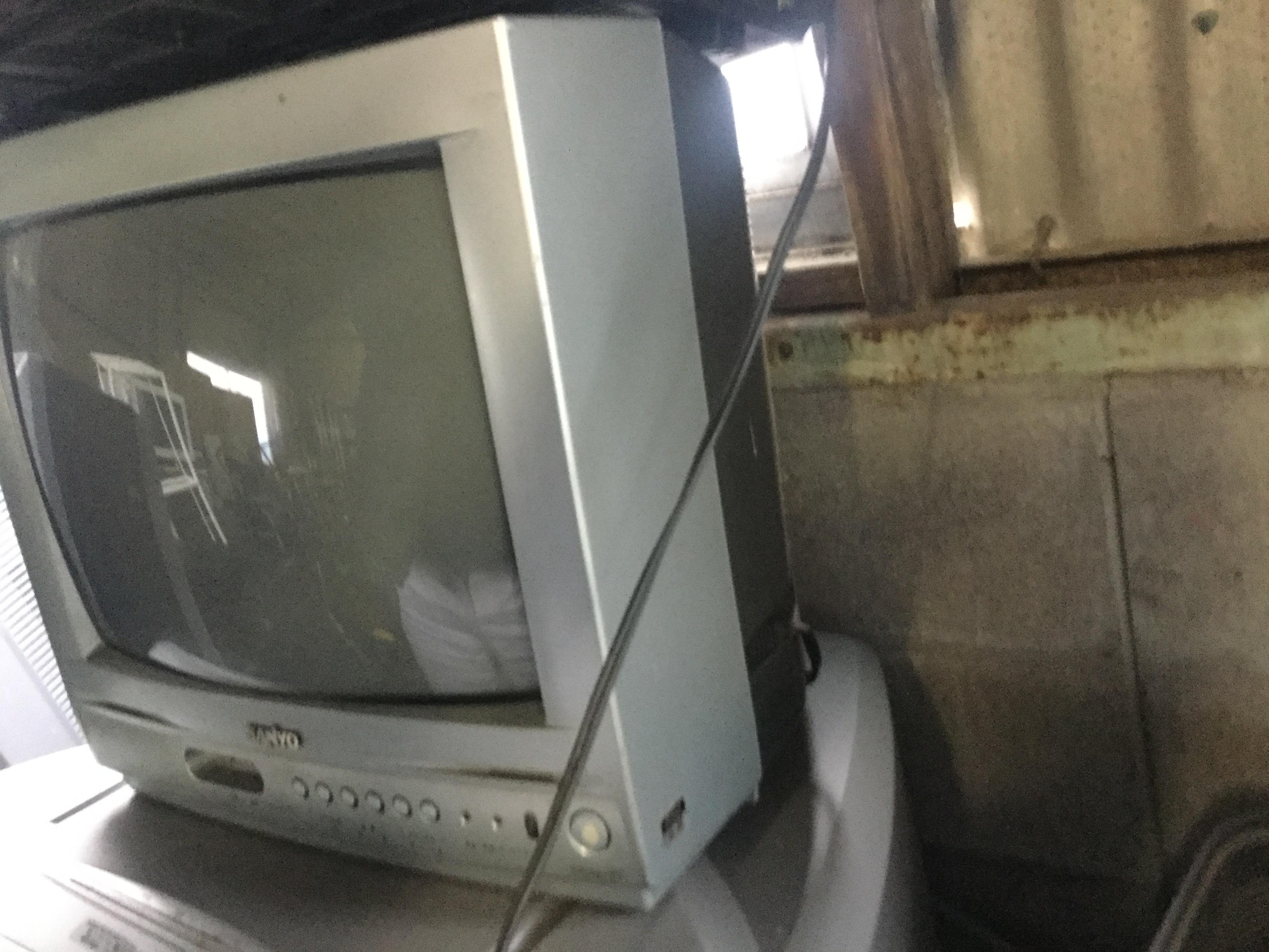 玉野市で不用品回収したブラウン管テレビ
