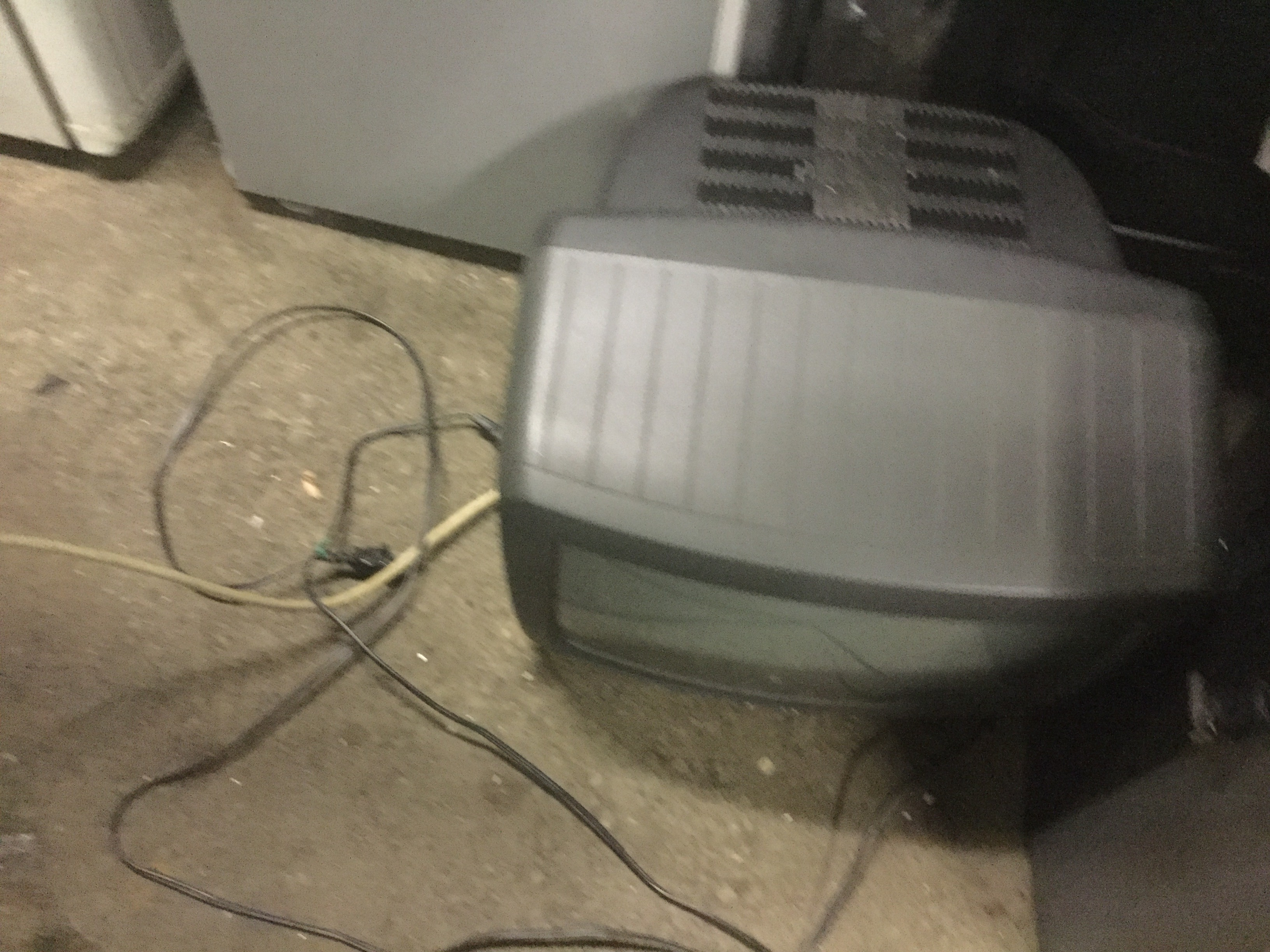 津山市で不用品回収したブラウン管テレビ