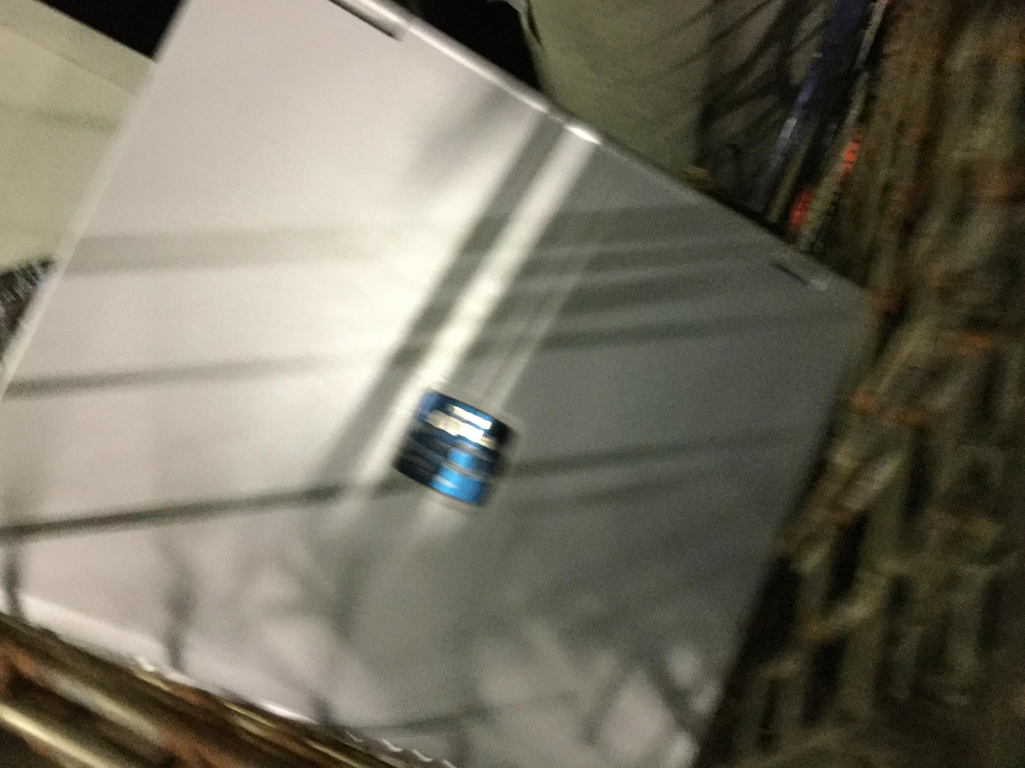 岡山市南区で不用品回収したノートパソコン