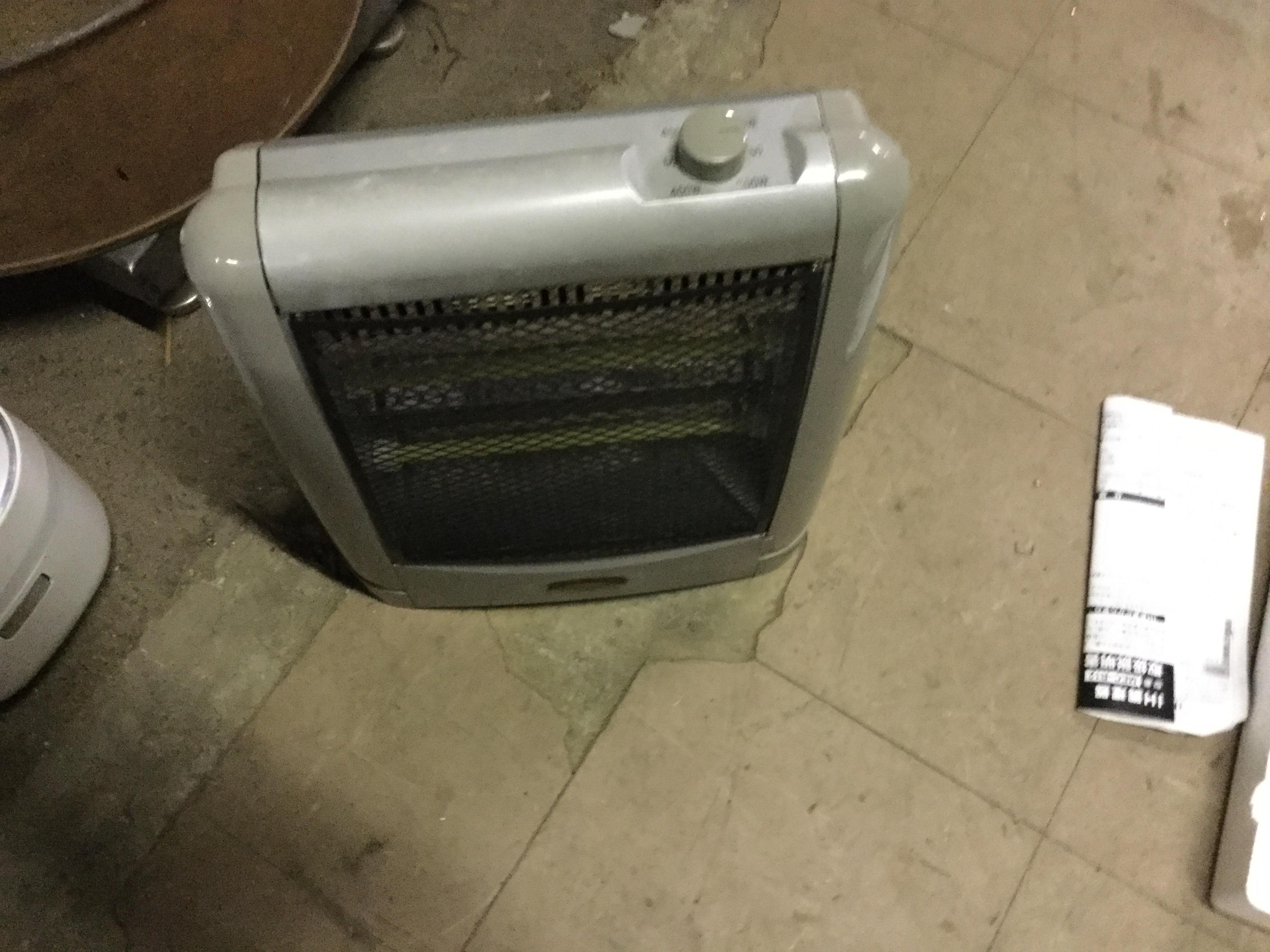 岡山市南区で不用品回収した電気ストーブ