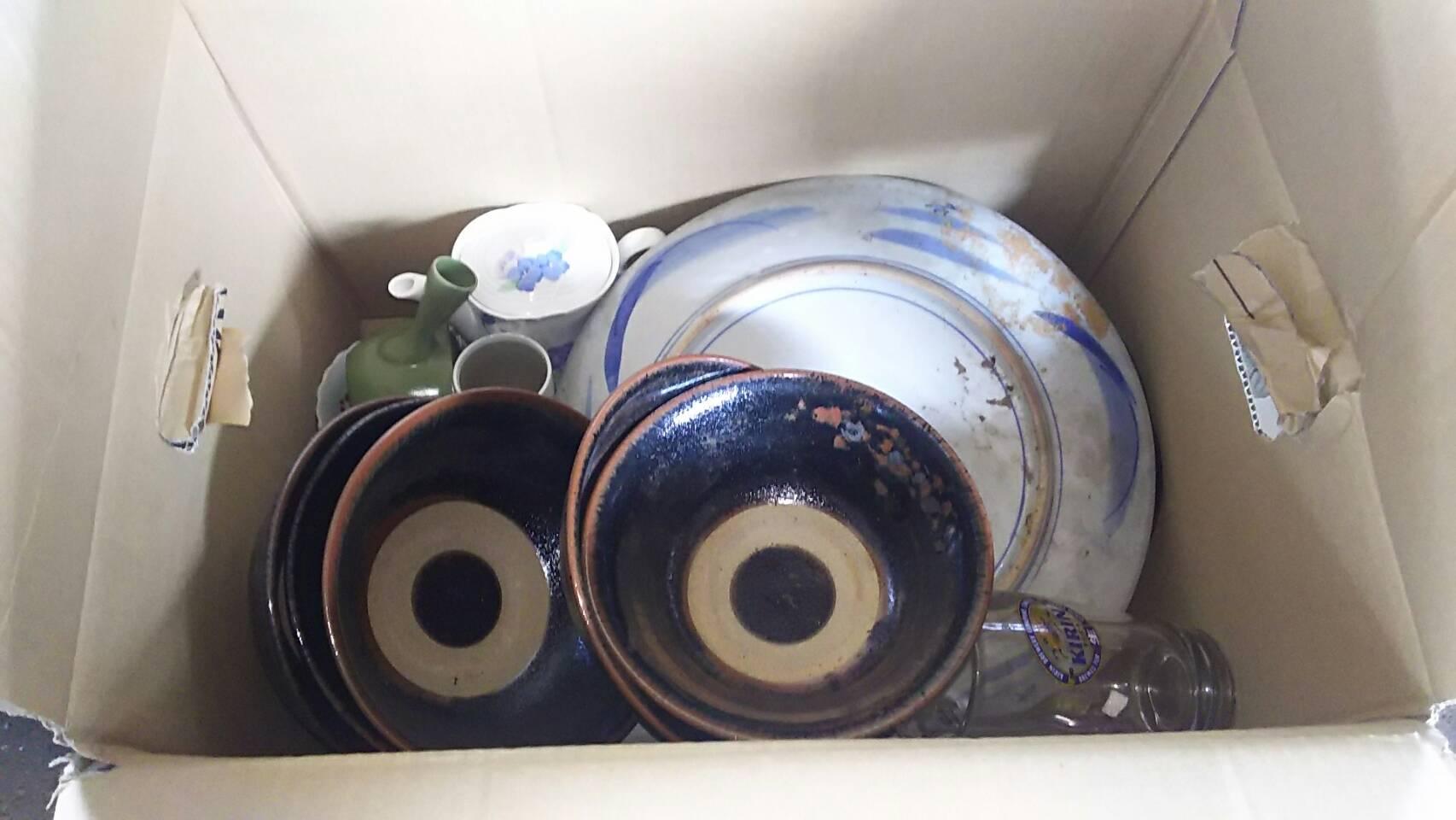 玉野市で不用品回収した食器