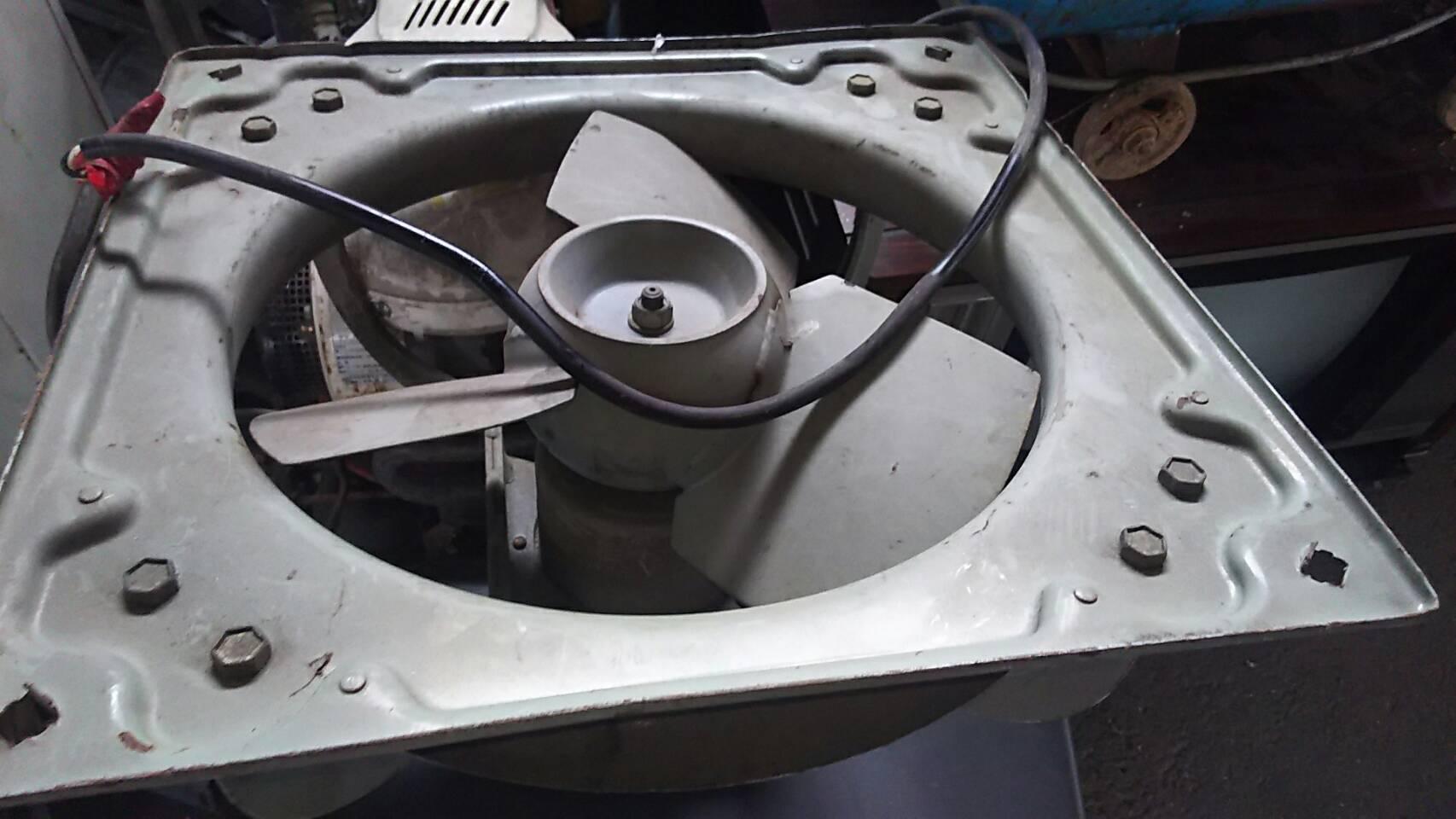 玉野市で不用品回収した換気扇
