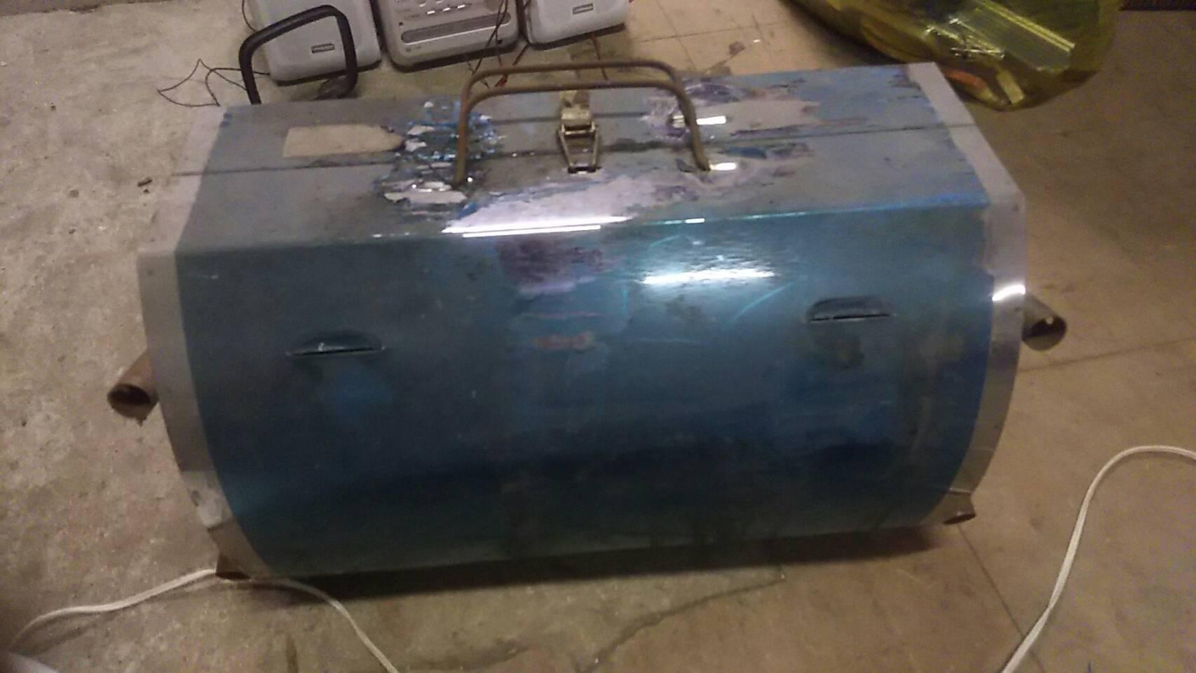 玉野市で不用品回収した工具ボックス