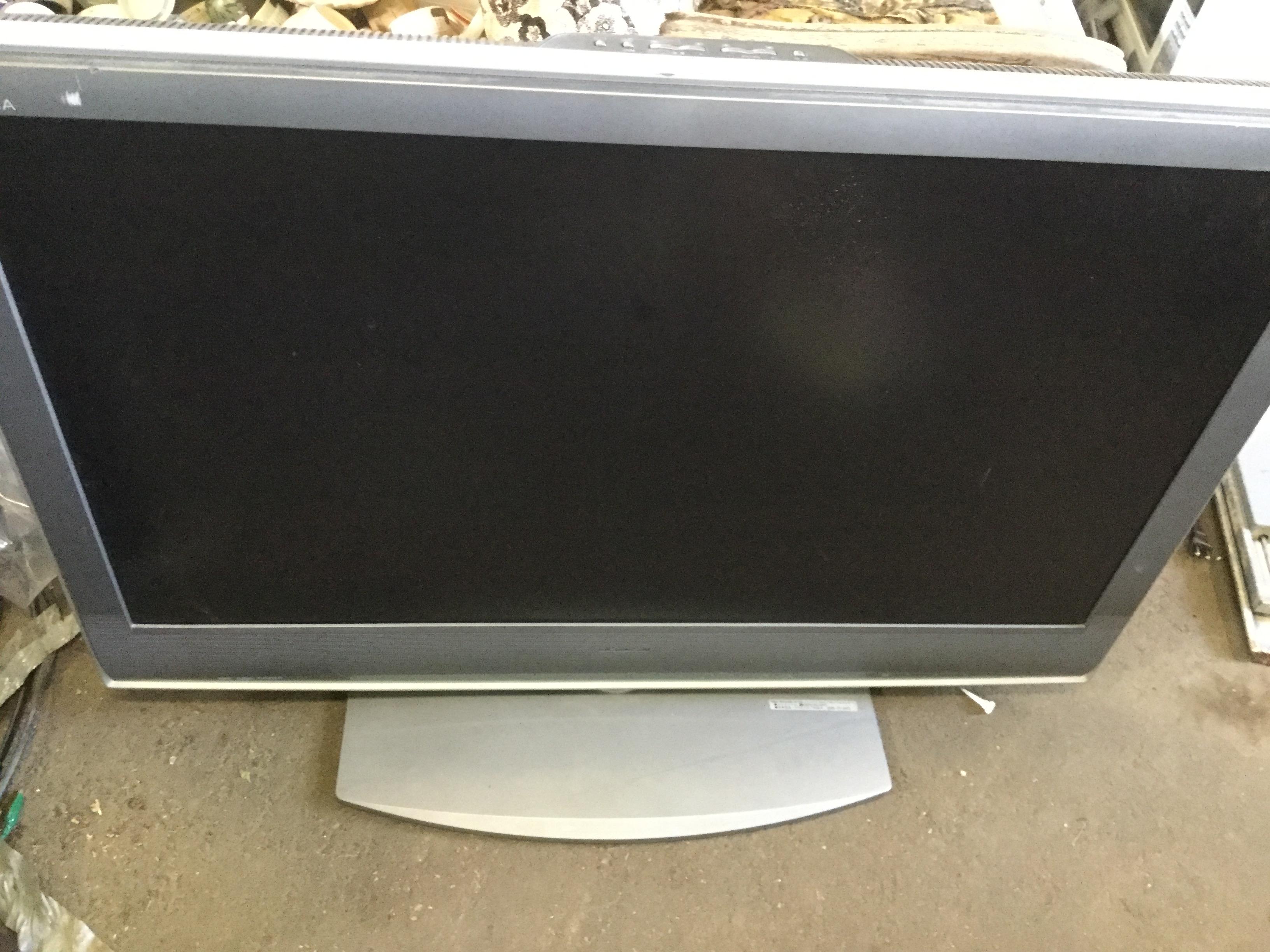 岡山市中区で不用品回収・処分した液晶テレビ