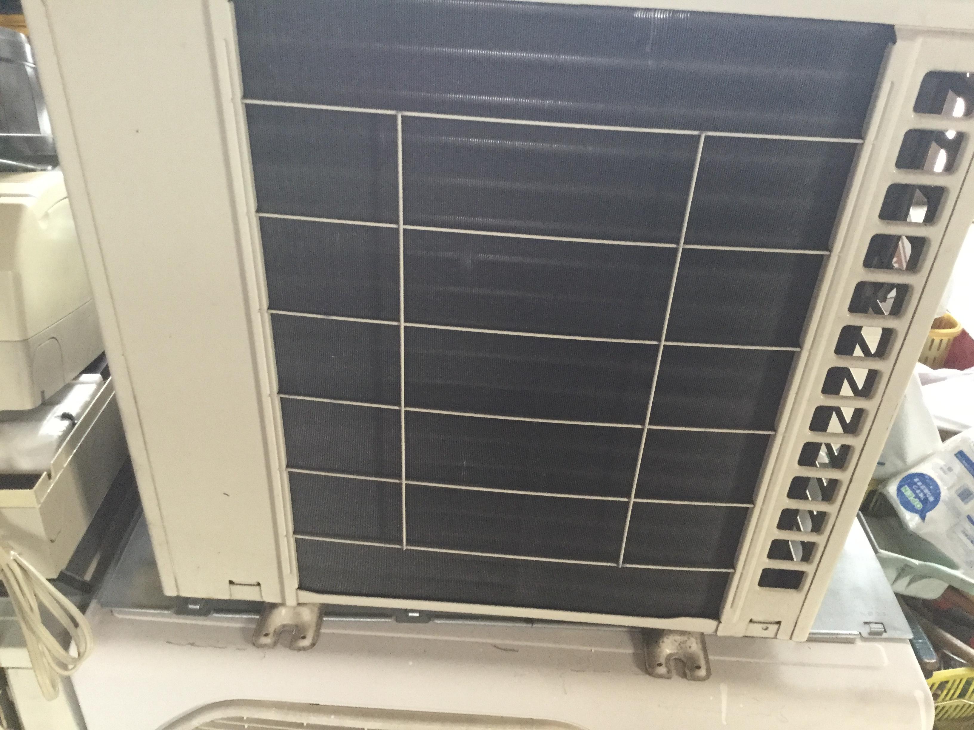 岡山市南区でエアコン取り外しからエアコン回収・処分