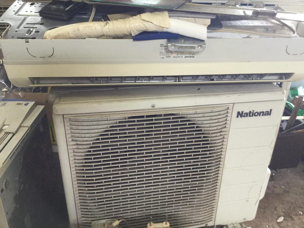 岡山市中区八幡東町付近で回収したエアコンです。