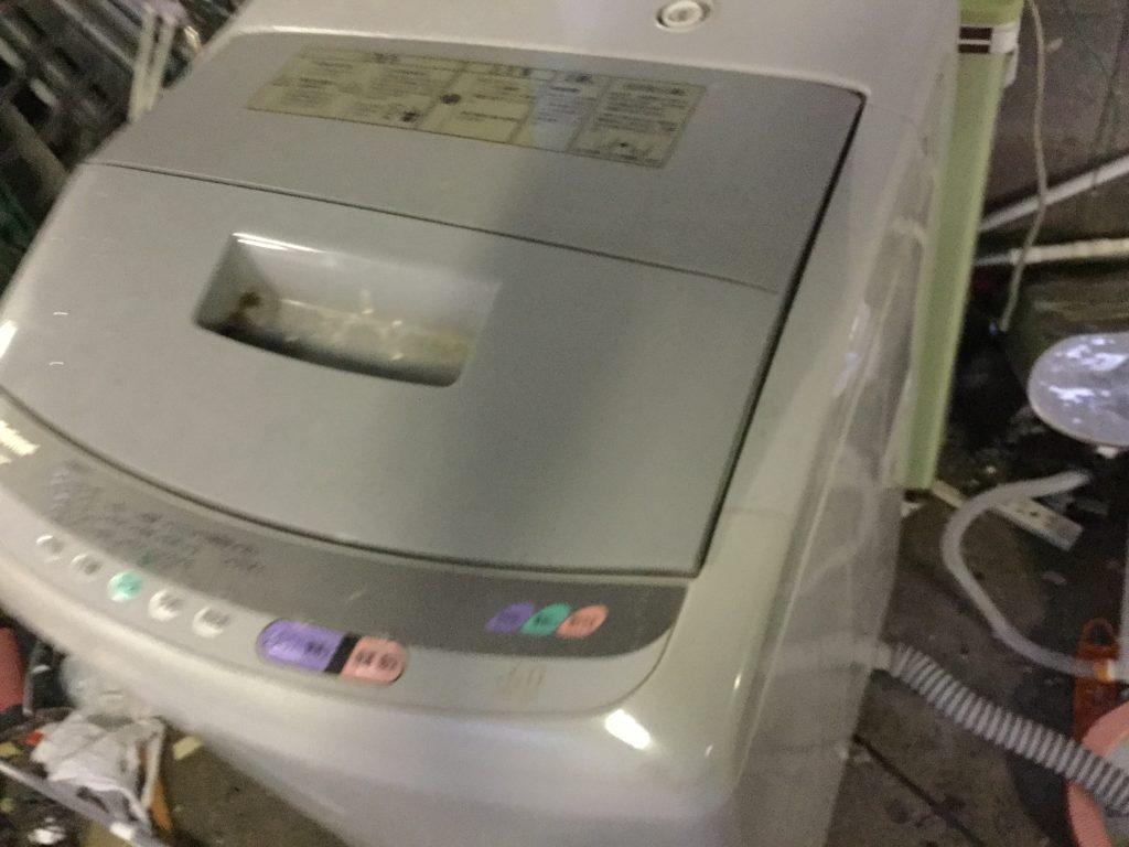 岡山市中区奧市綿町付近で回収した洗濯機です。