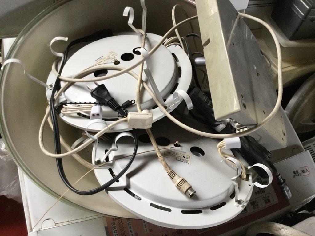 岡山市東区富士見町付近で回収した電気です。