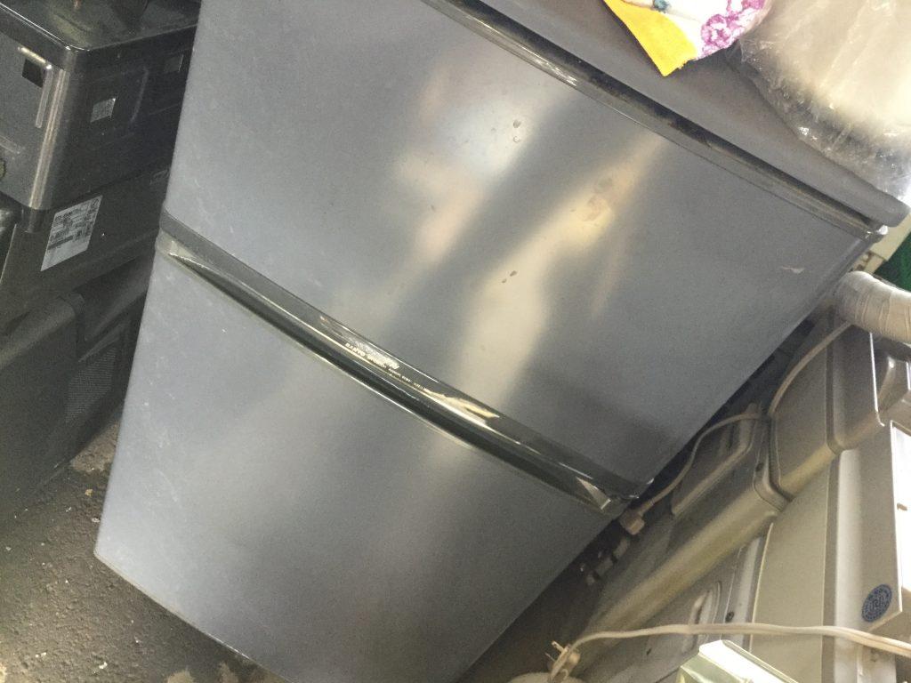 岡山市北区半田町付近で回収した冷蔵庫です。