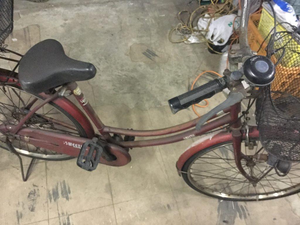 赤い自転車です。