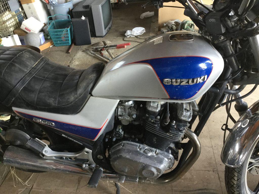 大型バイクです。