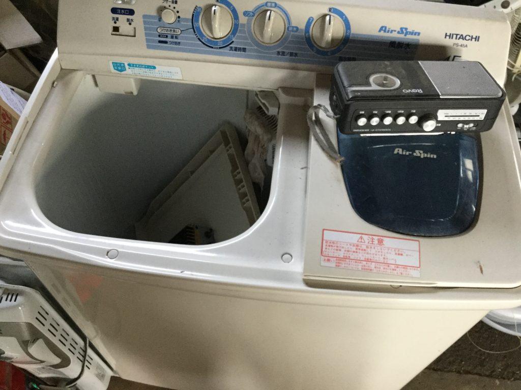 二層式洗濯機です。