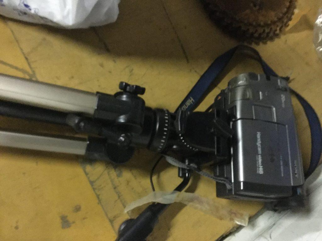ビデオカメラです。