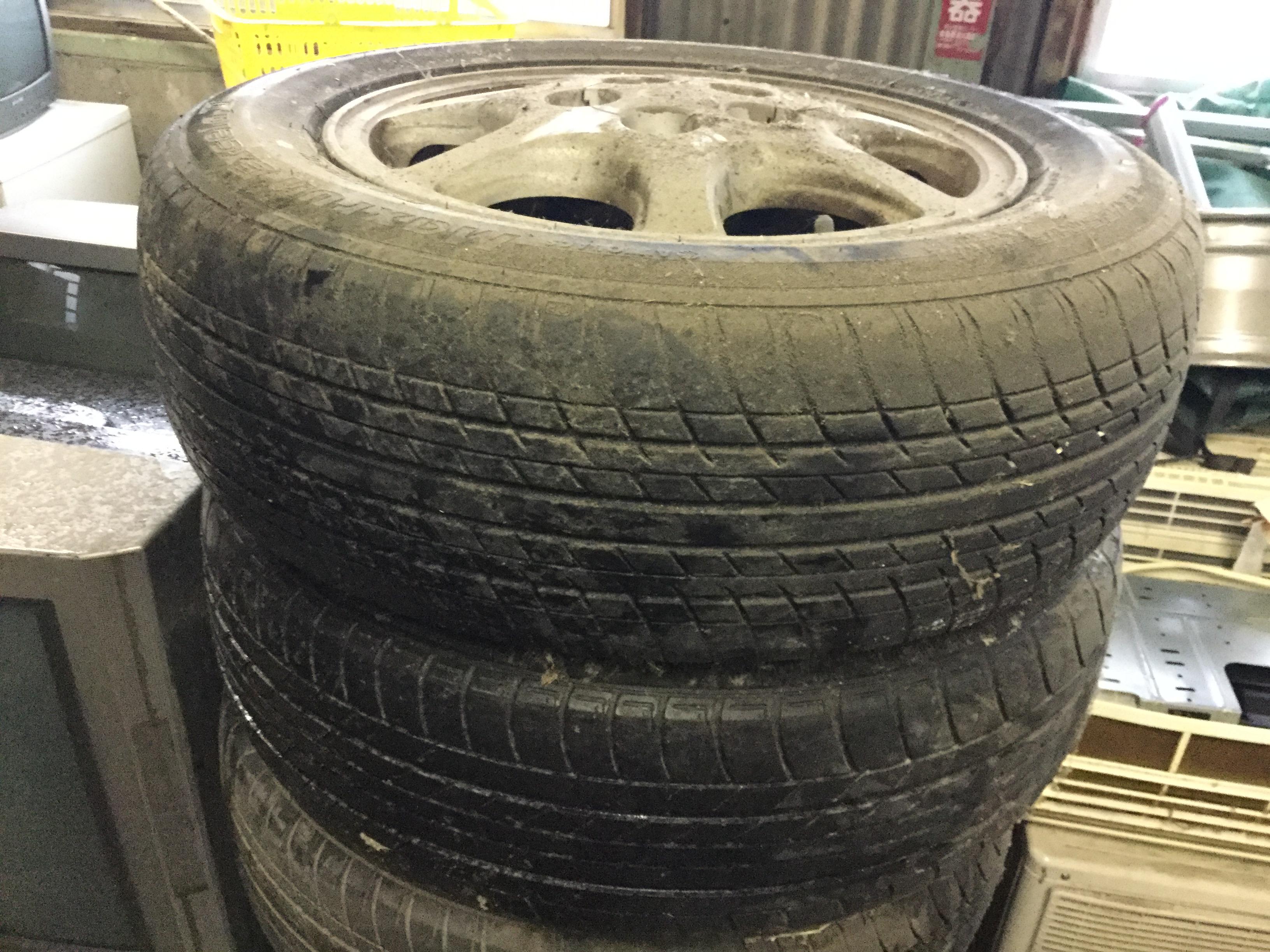 タイヤ④です。