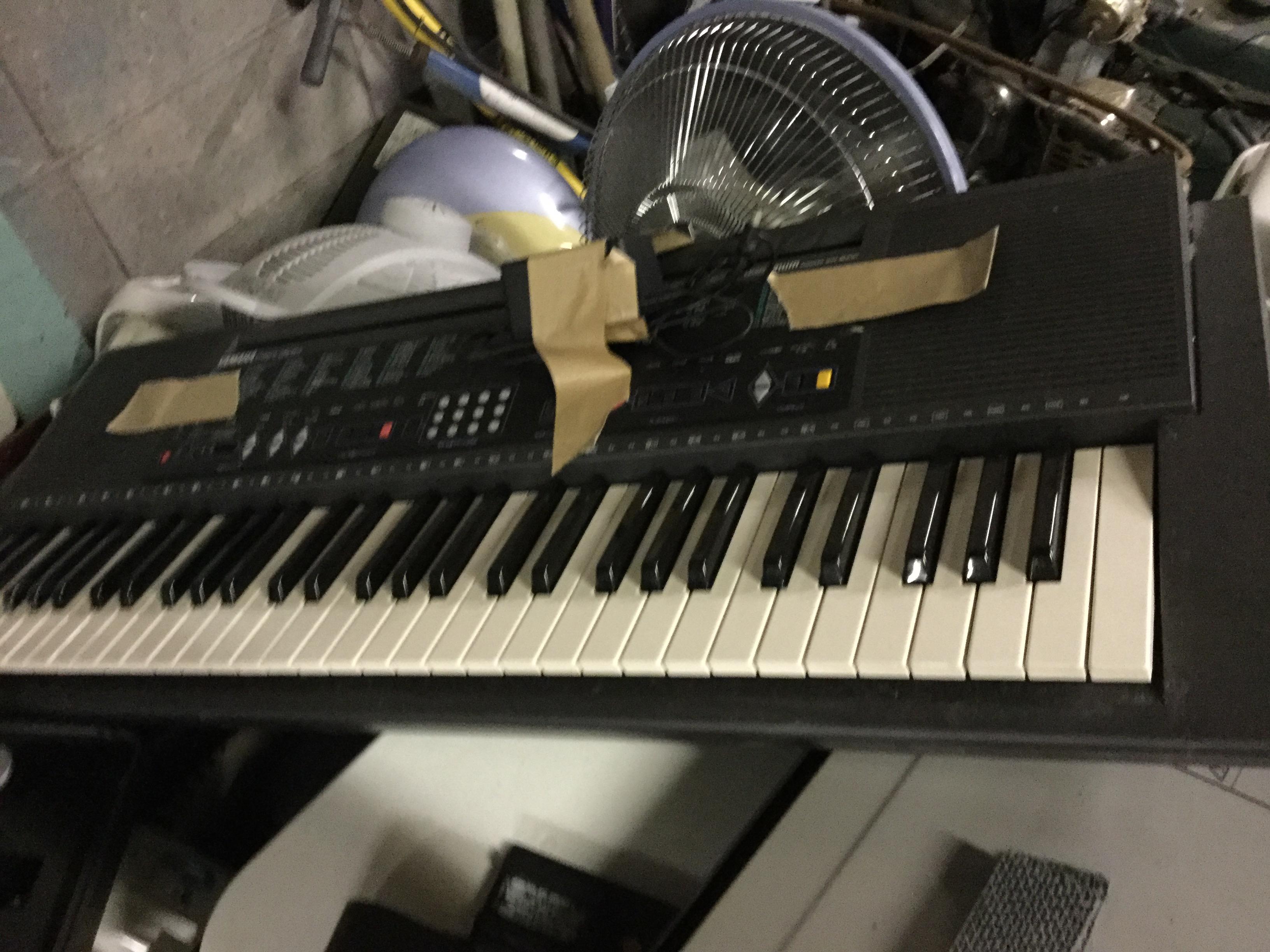 電子ピアノです。