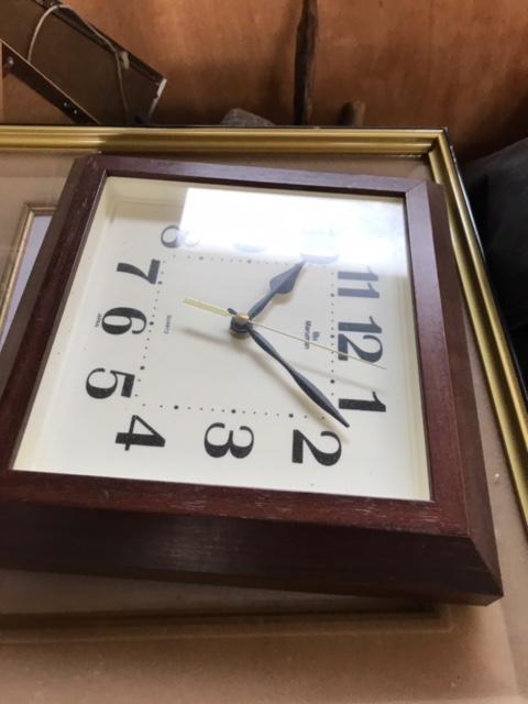 岡山市北区で不用品回収した時計です