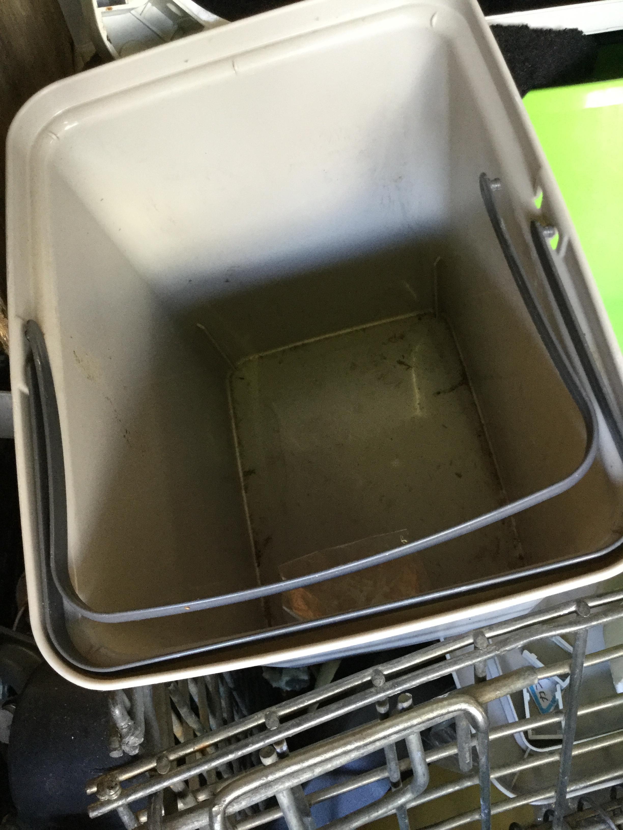 ゴミ箱です。