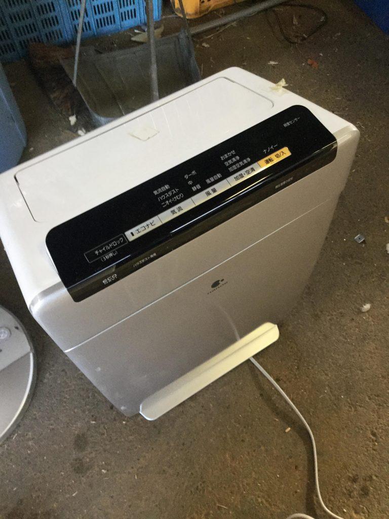 岡山市中区付近で回収させて頂いた空気清浄機です。