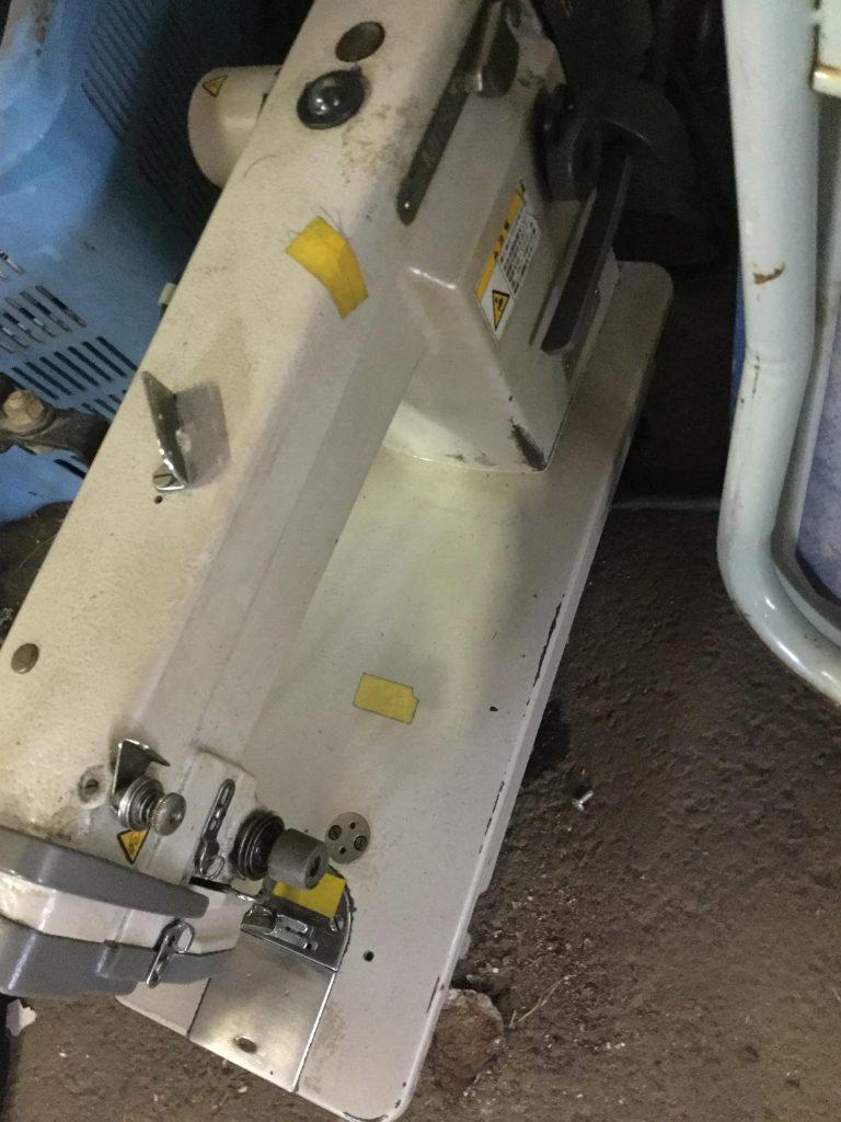 岡山市北区で不用品の回収をさせて頂いたミシン