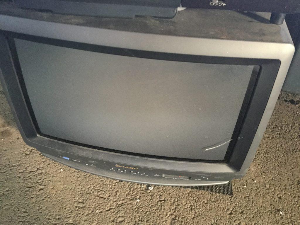 岡山市東区付近で不用品回収したブラウン管テレビ