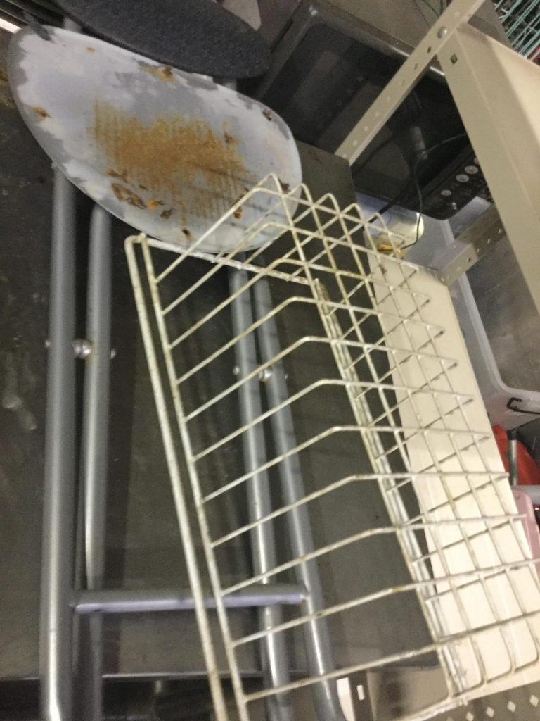 岡山市北区で不用品の回収をさせて頂いた椅子