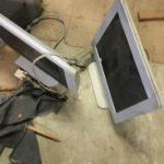 勝田郡奈義町で回収した液晶テレビ