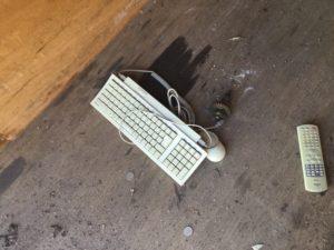 瀬戸内市での不用品回収、粗大ゴミの片付け回収したキーボード