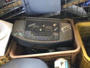 岡山県瀬戸内市邑久町での不用品回収、粗大ゴミの片付け回収したラジカセ