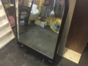 岡山市で回収した鏡台