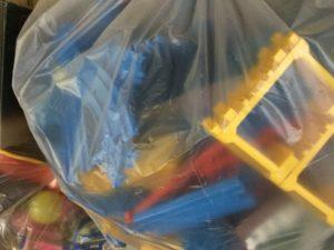 岡山県総社市での不用品回収、粗大ゴミの片付け回収したおもちゃ