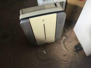 岡山県総社市での不用品回収、粗大ゴミの片付け回収した空気清浄機