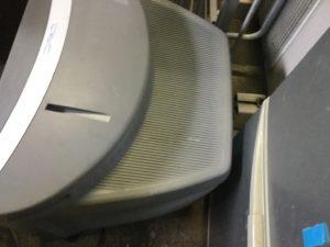 玉野市での不用品回収、粗大ゴミの片付け回収したブラウン管テレビ