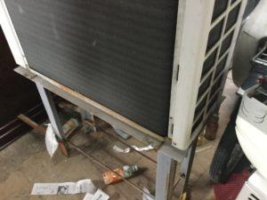 玉野市での不用品回収、粗大ゴミの片付け回収したエアコン
