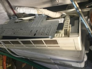 岡山市北区でのエアコン取り外しからエアコン回収