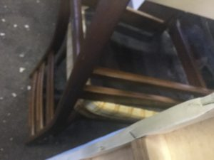 総社市での不用品回収した椅子