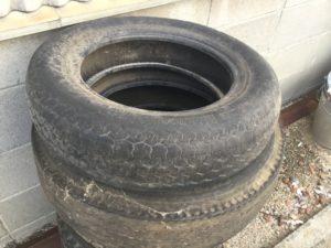 浅口市鴨方での不用品回収、粗大ゴミの片付け回収したタイヤ