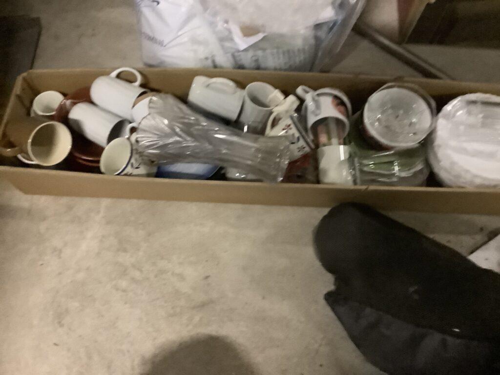 岡山市北区で回収した食器