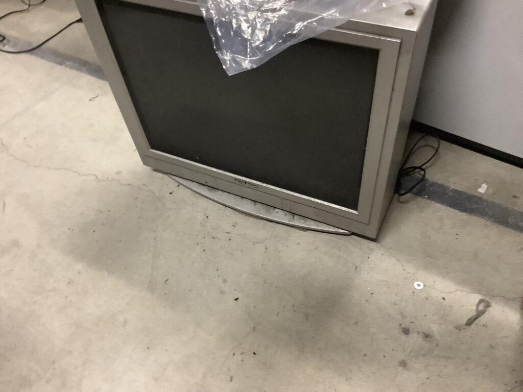 岡山市で回収したブラウン管テレビ
