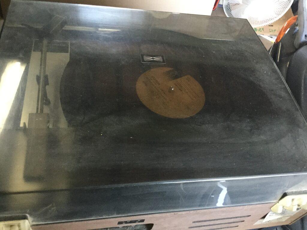 笠岡市で回収したレコードプレイヤー