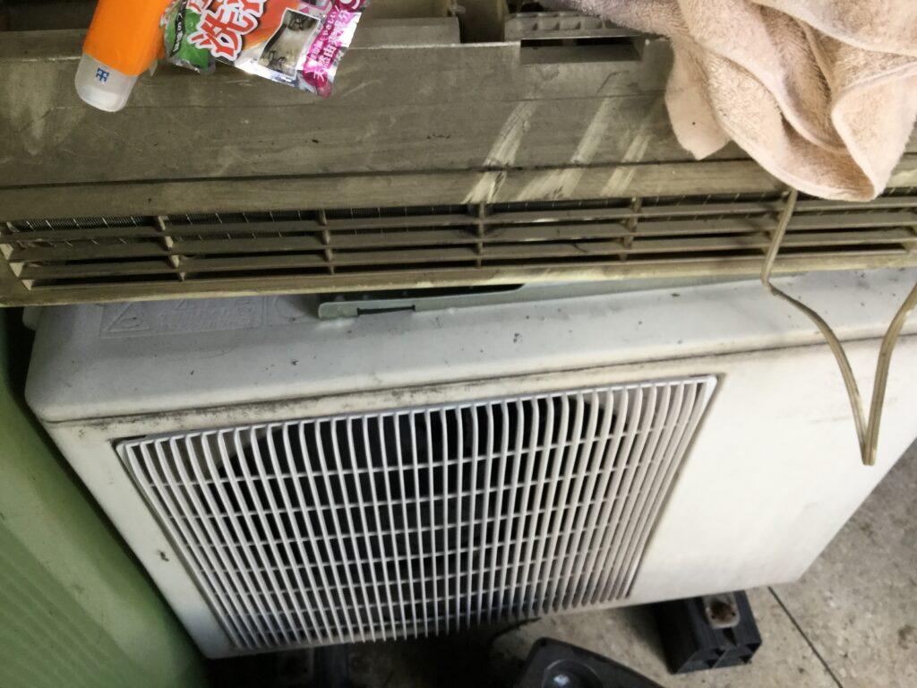 笠岡市でのエアコン取り外しからエアコン回収、処分