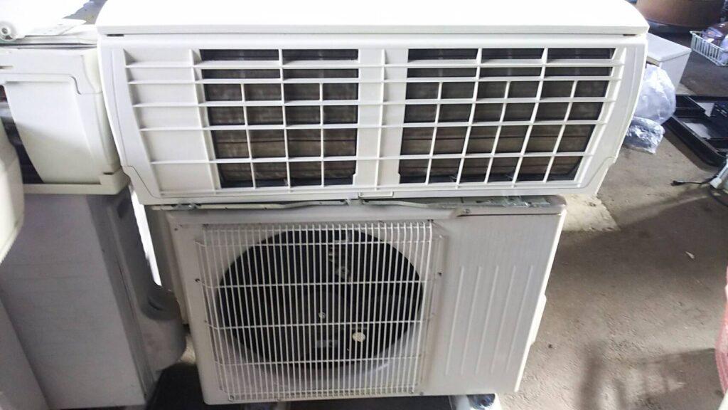 井原市で取り外し回収したエアコン