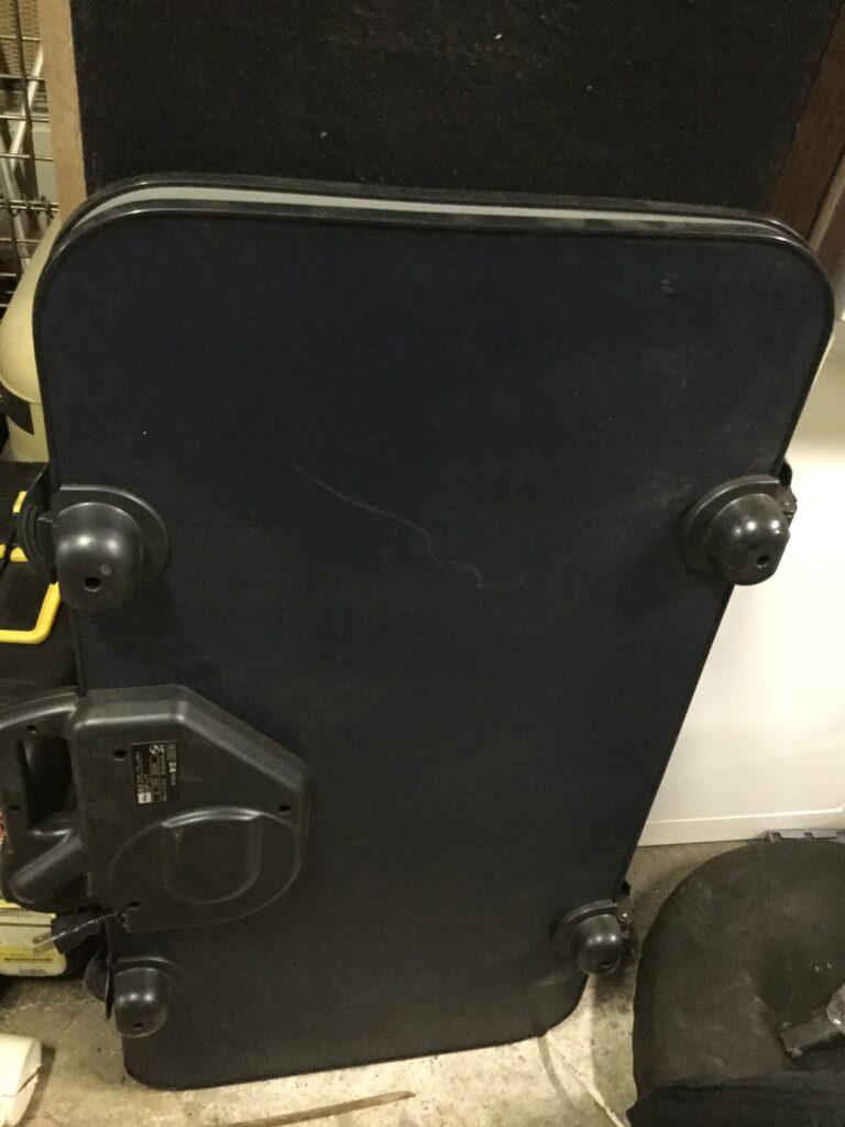 赤磐市で回収したズボンプレッサー