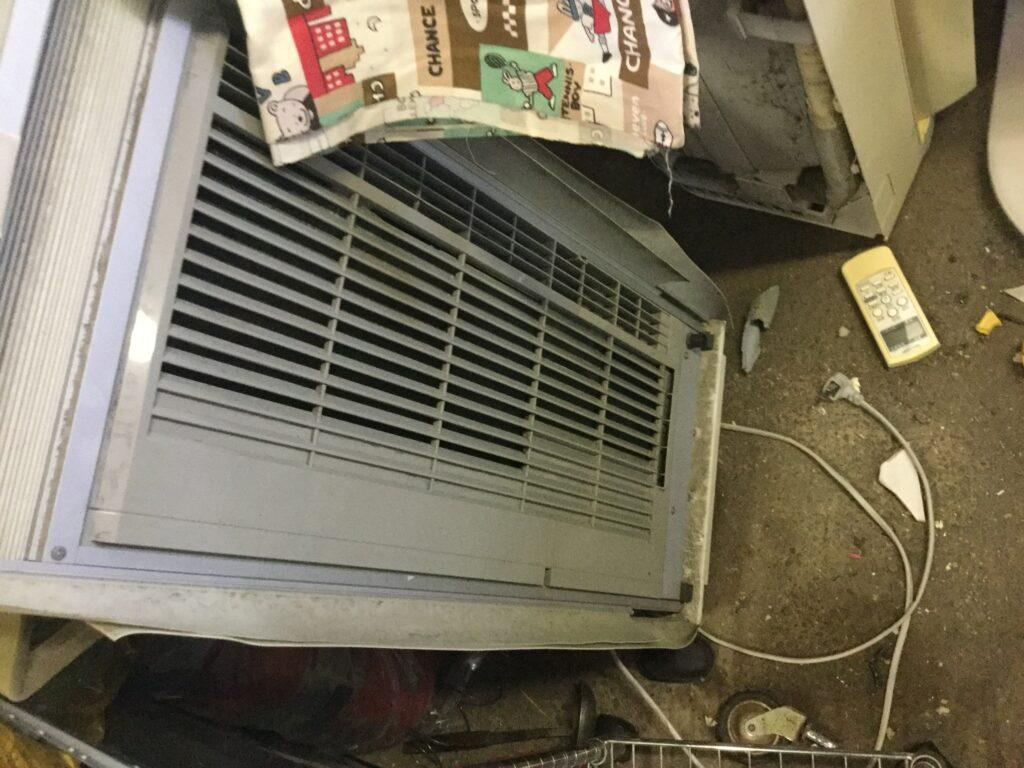 総社市で取り外し回収したエアコン