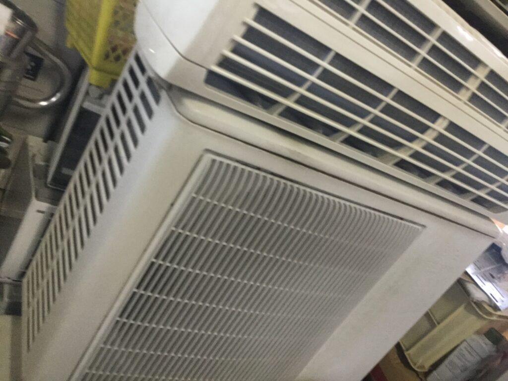 加茂郡吉備中央町で取り外し回収したエアコン