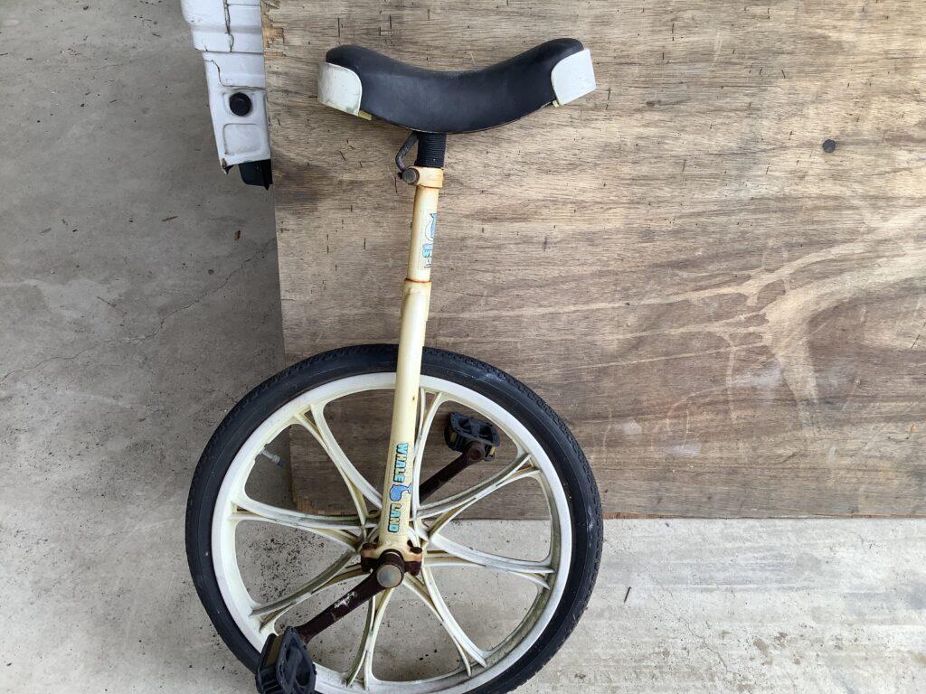 岡山市内で回収した一輪車