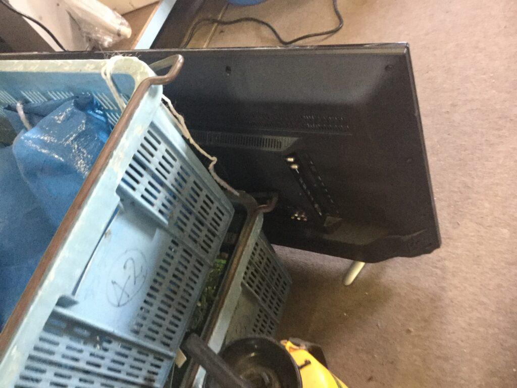瀬戸内市で不用品回収したテレビ